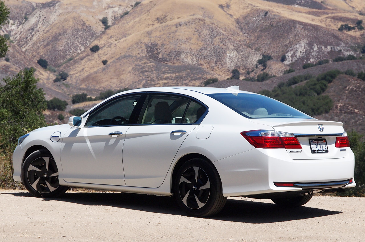 2014-Honda-Accord-Hybrid-MPG.jpg