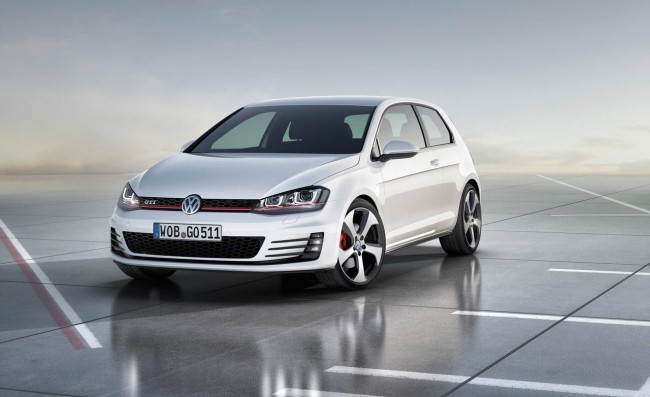 2014 Volkswagen Golf GTi official