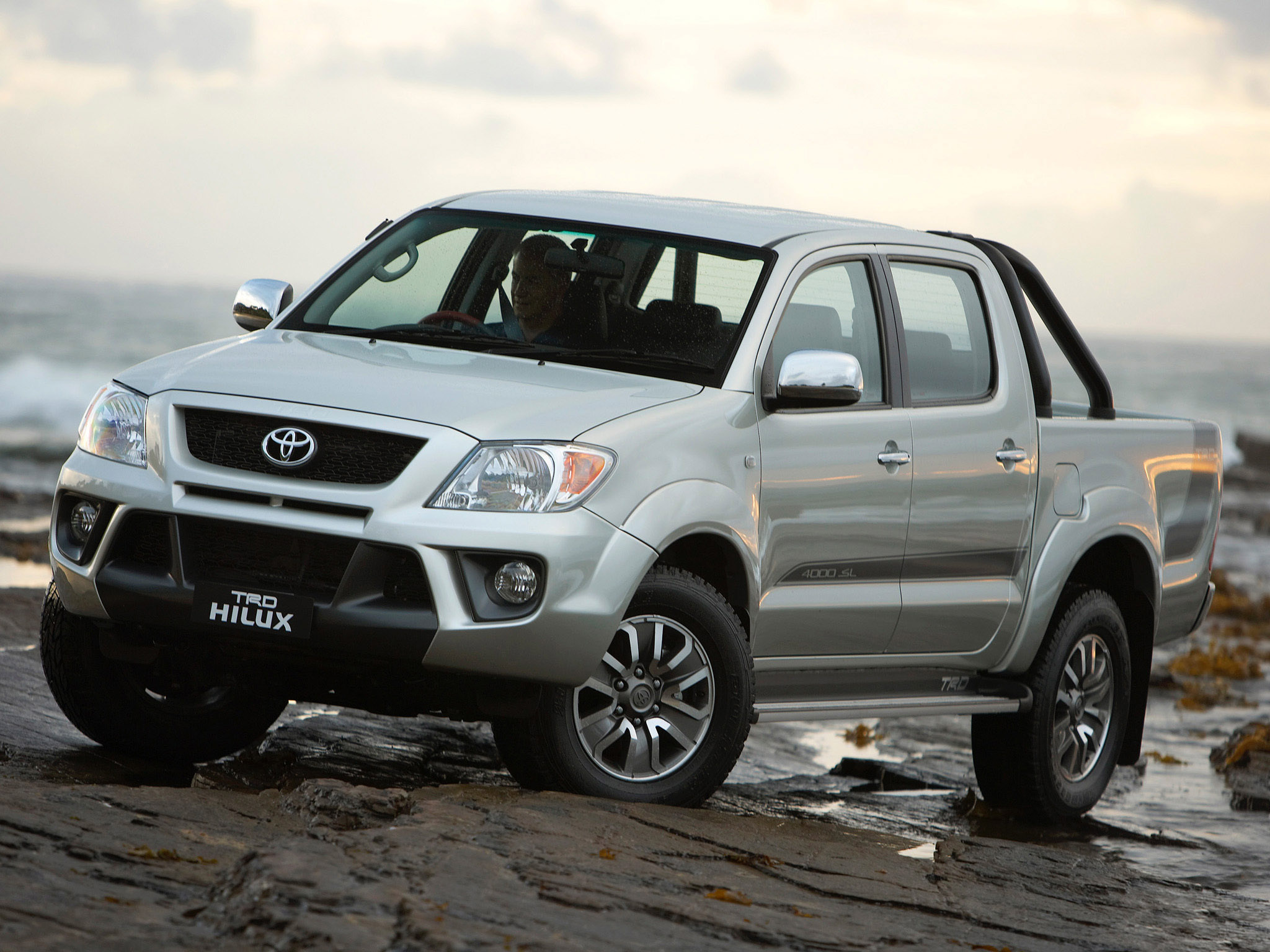Toyota Hilux Surf | Top Car Magazine