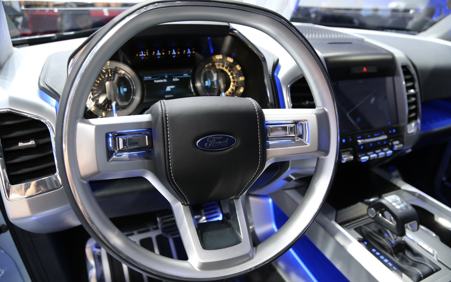 2014 Ford Atlas Interior