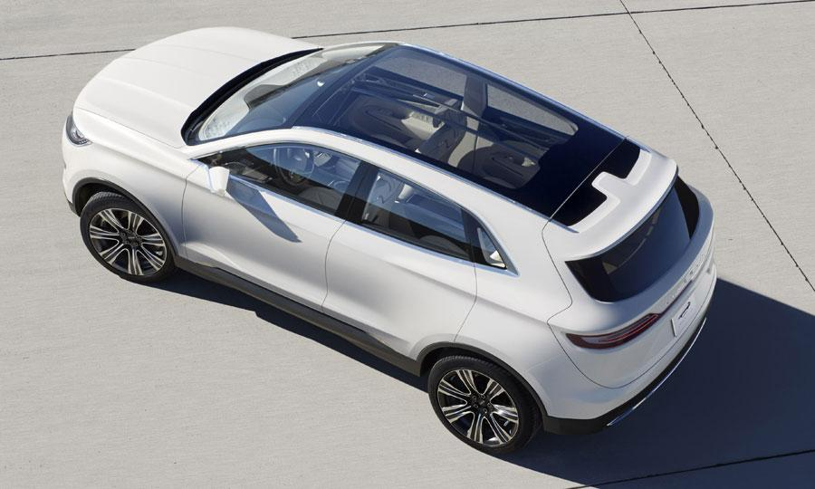 2014 Lincoln MKC Roof