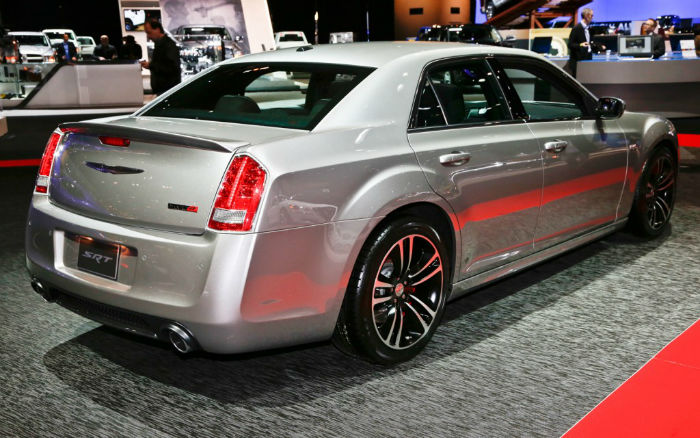 Chrysler 300c srt8 2015