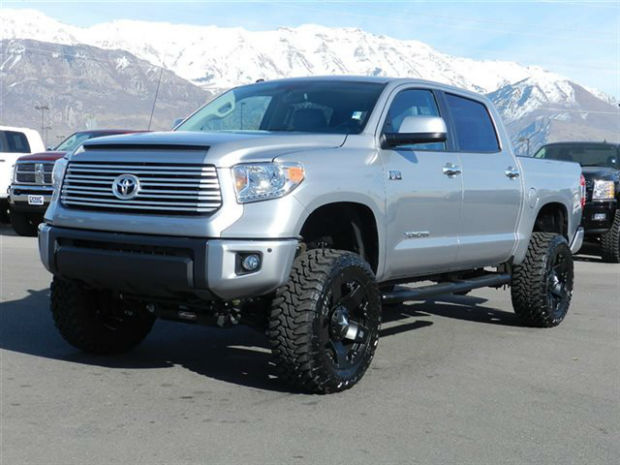 2015 Toyota Tundra Crewmax 4x4 | Top Car Magazine