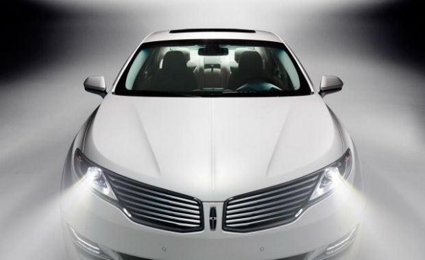 Lincoln MKZ 2015 Headlights