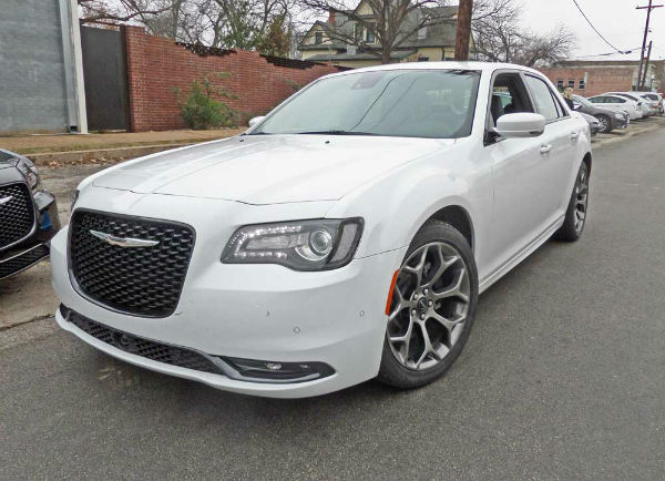 2015 Chrysler 300S Model