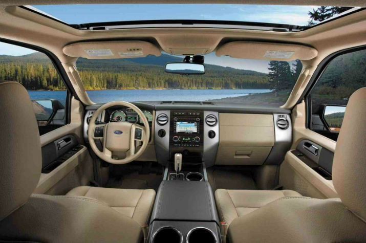 2016 Chevy Avalanche Interior